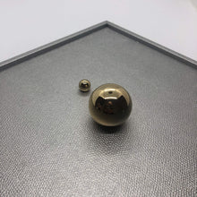 Load image into Gallery viewer, Giobagnara Champagne leather tray with gold spheres
