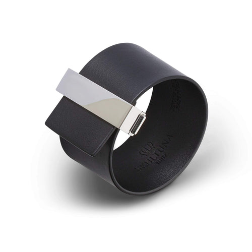 Skultuna Clasp Leather Bracelet Black with Polished Steel