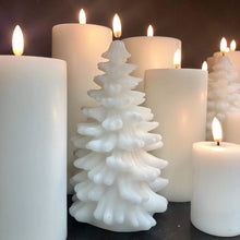 Load image into Gallery viewer, Uyuni Candle Christmas Tree Candle