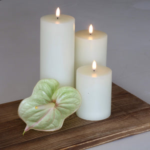 UYUNI- Single Wick, Nordic White Candle. 10.1cm x 15.2cm