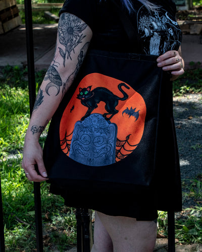 Hissing Cat Tote Bag