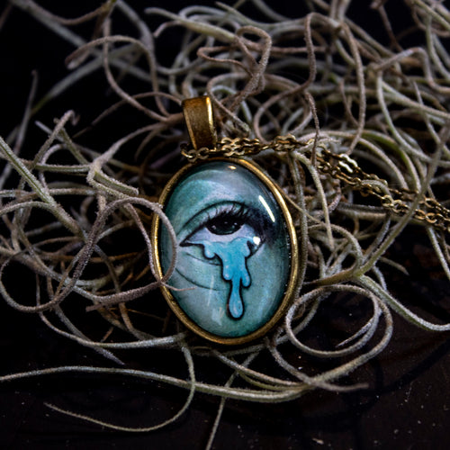 Ghostly Pendant 9