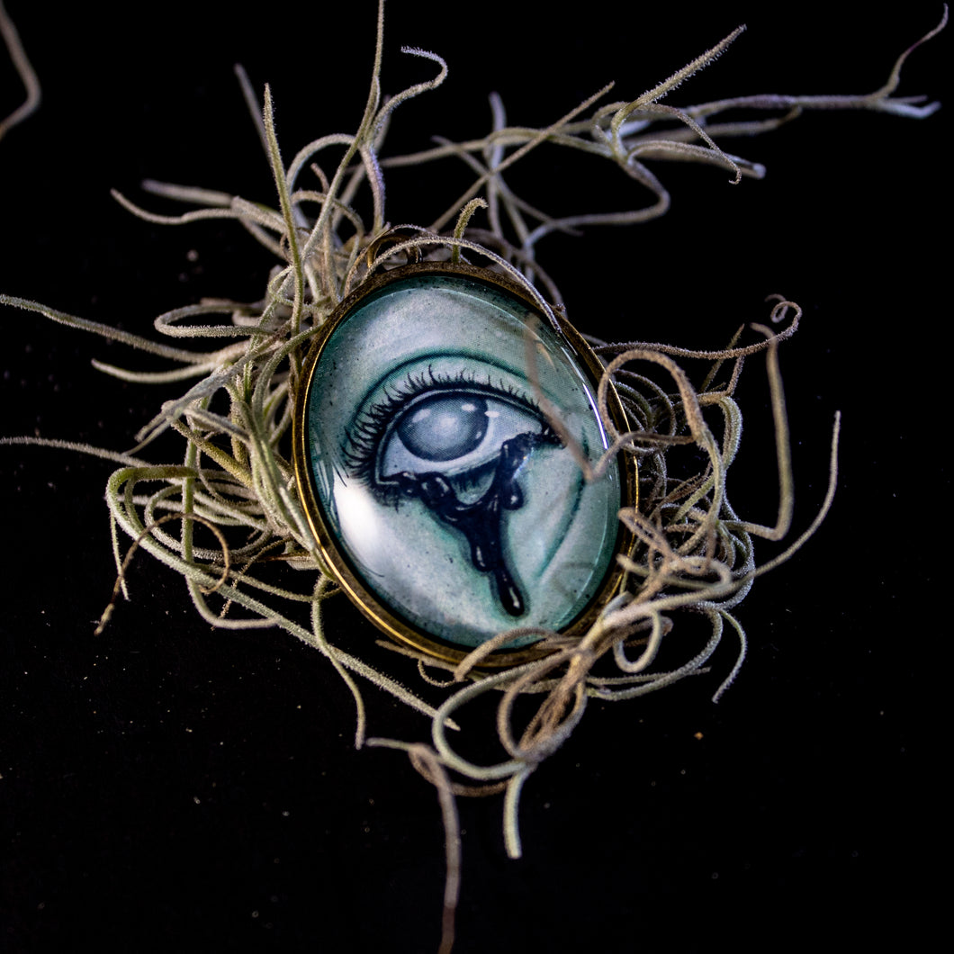 Ghostly Pendant 12