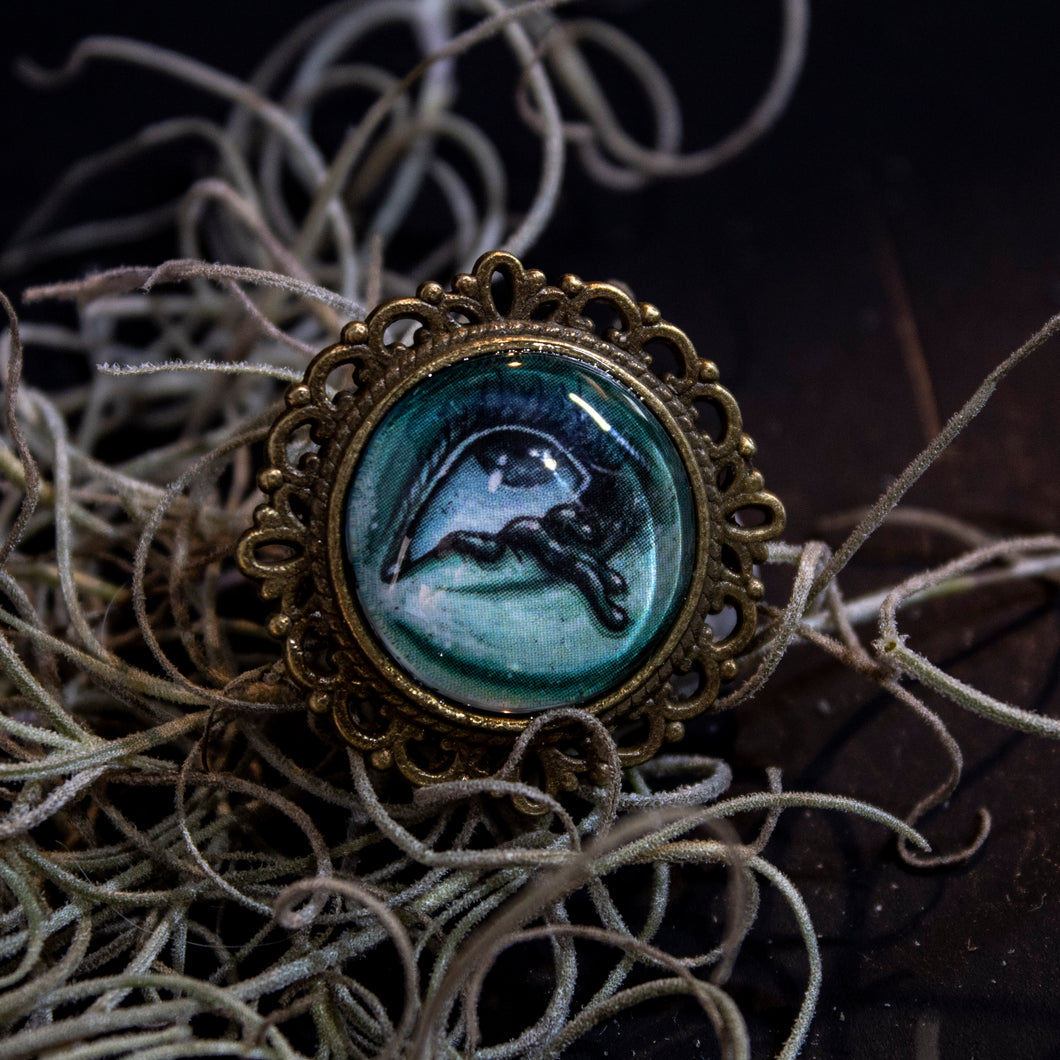Ghostly Brooch 16