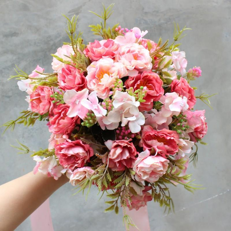 Bride Holding Flowers Simulation Wedding Bouquet Wedding Bouquet
