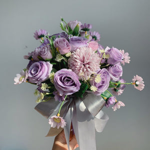 Bride Holding Flowers Simulation Wedding Bouquet Wedding Bouquet Deep Purple