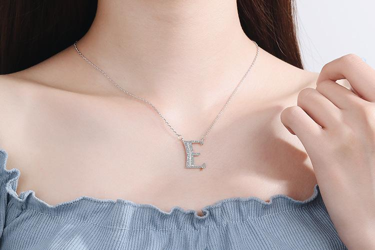 Diamond Clavicle Chain 26 English Alphabet Necklace Accessories E