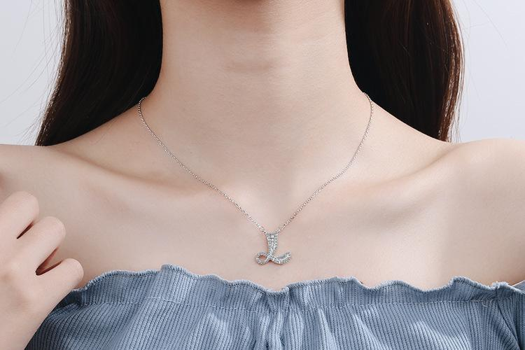 Diamond Clavicle Chain 26 English Alphabet Necklace Accessories L