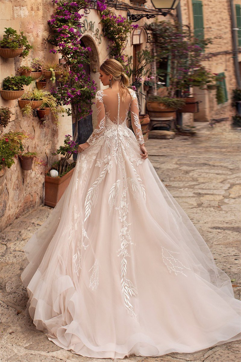 Lace Embroidered Sexy Deep V-Neck Open Back Wedding Dress Wedding Dress