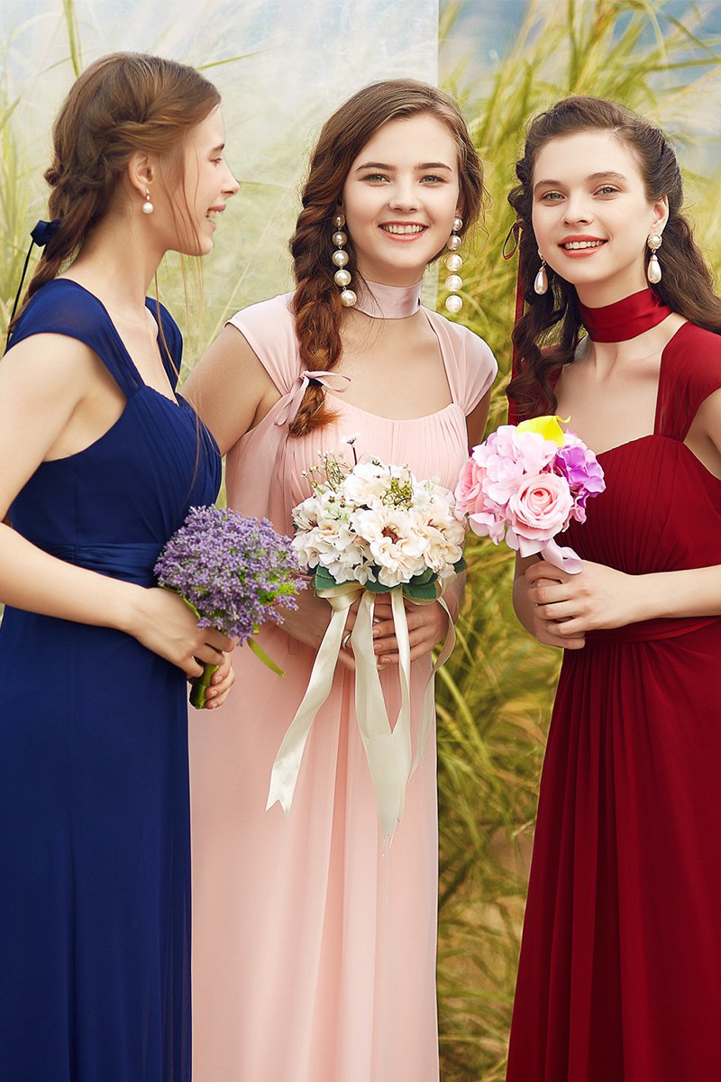 Low-Cut Sleeveless Lace Bridesmaid Dress Bridesmaids & Flower Girls
