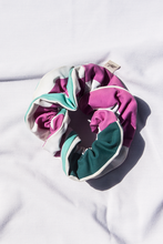 Load image into Gallery viewer, Scrunchie Seastripe