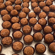 Load image into Gallery viewer, Chocolate Honey Truffles - Catskill Provisions