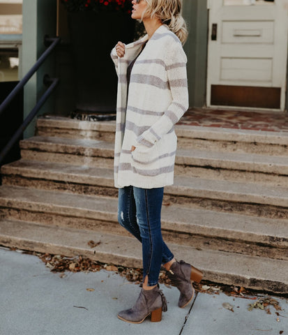 Image of Fashion Striped Long Knitted Cardigan white l