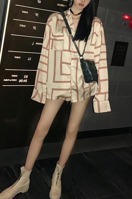 Casual Fashion Nifty Loose Plaid Long Sleeve Long Blouse beige s