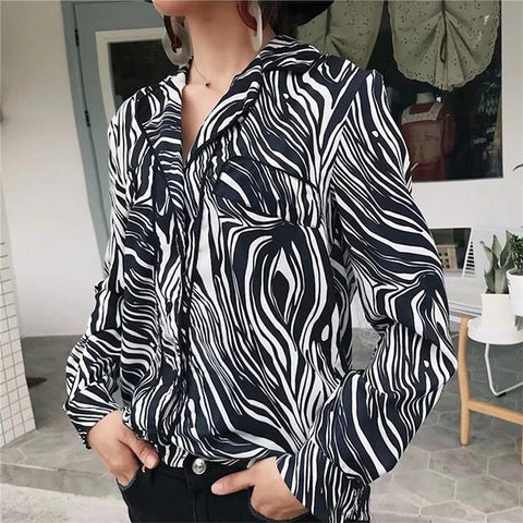 Image of Retro Niche Zebra Long Sleeve Shirt zebra m