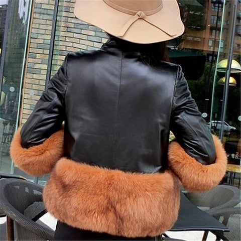 Image of PU Leather Coat Is Similar To The Fur Fox Short Coat Black m