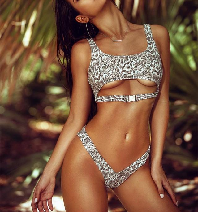 Vacation Sandbeach   Sexy Snakeprint Swimsuits Bikini White l
