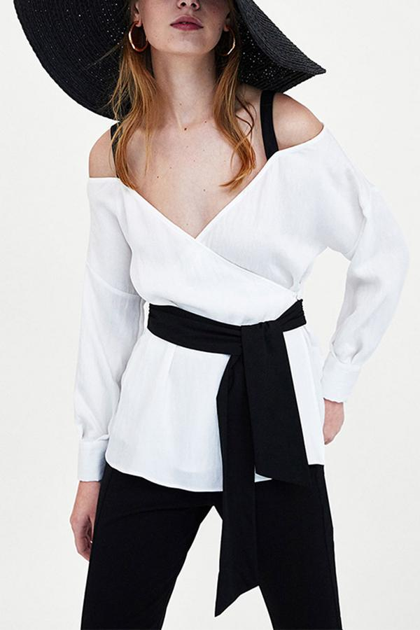 Sexy Contrast Color Boat Neck Off-Shoulder Shirt White s