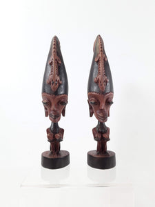 Batak statues of the ancient King and Queen - Sejati