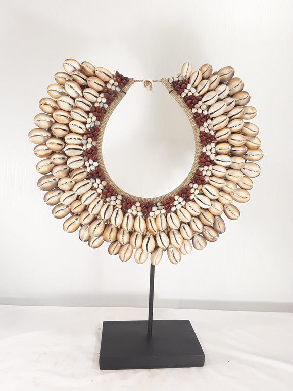 Shell Jewelry with stand - Sejati