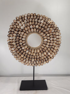 Shell jewelry, 20 inch tall with stand. - Sejati