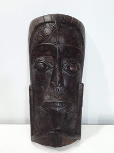 BATAK MASK,, 22 INCH TALL, GREAT CARVING POSSABLE ANTIQUE