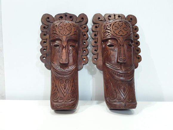 SET OF TWO PROTECTIVE MASKS FOR YOUR HOME.