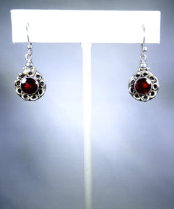 Sterling silver flora earring with garnet