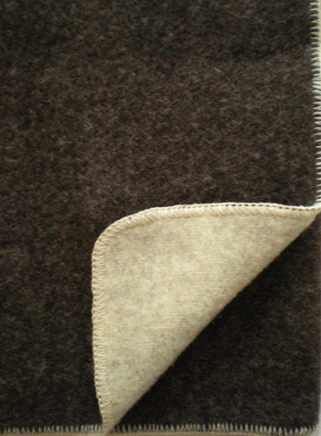 DOUBLE-FACED WOOL THROW IN NATURAL DARK BROWN/ECRU