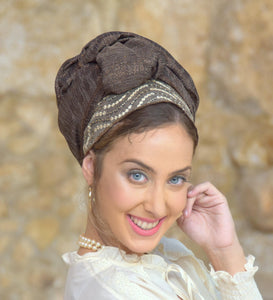 Chestnut crest Headscarf