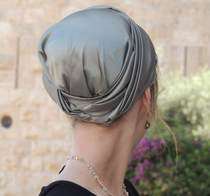 Green Stretched Satin Turban Sinar