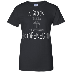Book Lover Women's Shirt