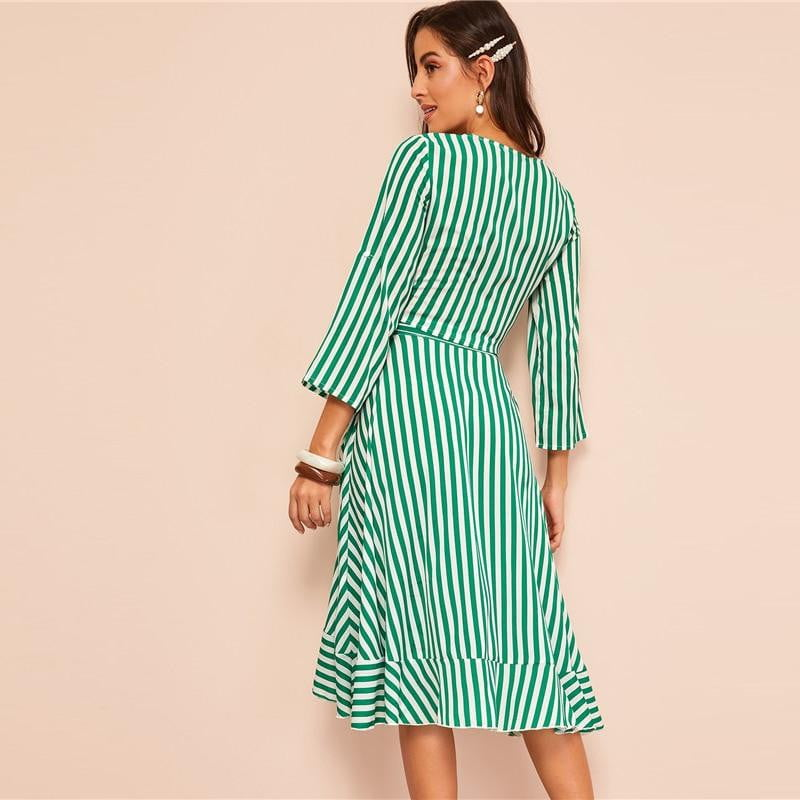Knot Front Roll Sleeve Stripe Crop Top And Skirt Two Piece Set - klozetstyle.com