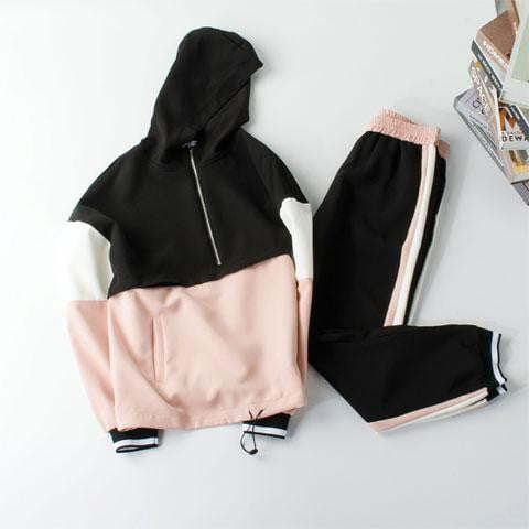 ,klozetstyle-com,Two Pieces Hooded Sweatshirt and Pants