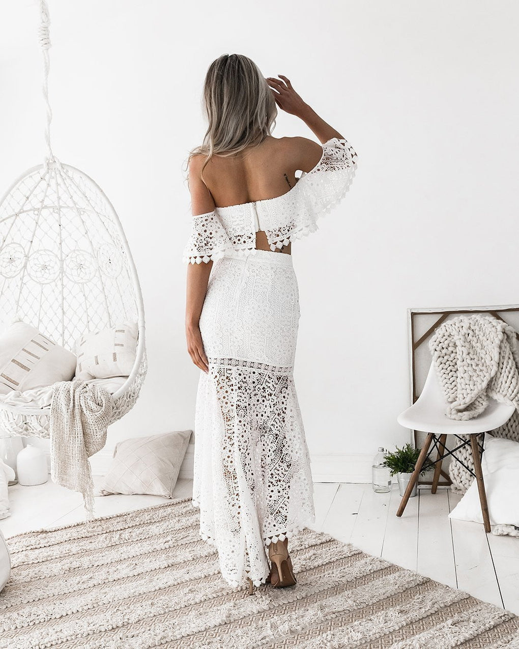 White Lace Slash Neck Backless Spring Dress 2 Pcs Set - klozetstyle.com