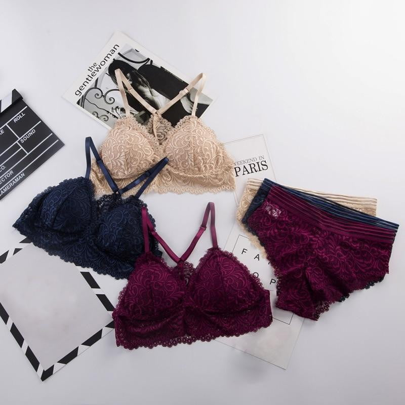 Lace Seamless Embroidery Bralette Wireless Lingerie Set - klozetstyle.com