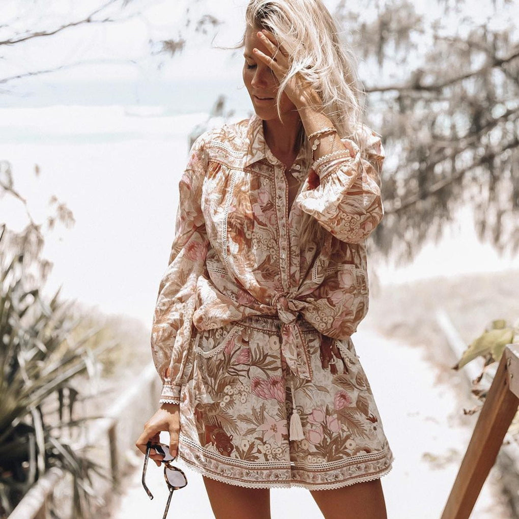 Jungle Floral Long Sleeve Wide Collar Button Down Vintage Shirts Hippie Top | Shorts - klozetstyle.com