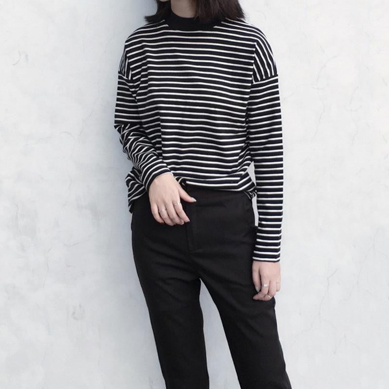 Black White Striped Long Sleeve Top - klozetstyle.com