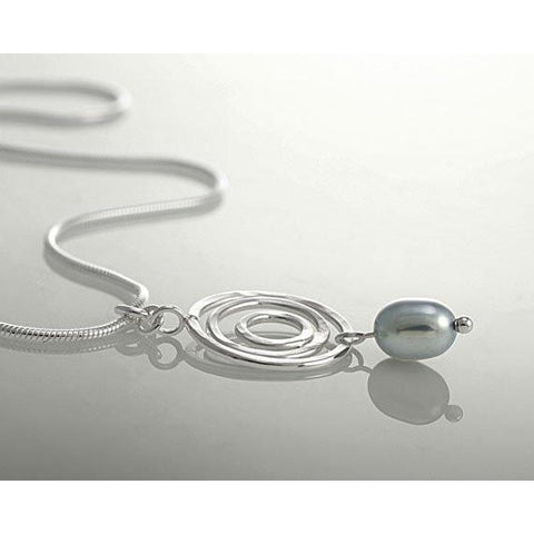 Infinity Circle Pearl Necklace