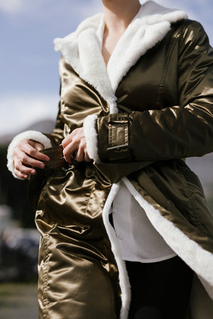 """TEDDY BEAR HUG"" COAT GOLD"