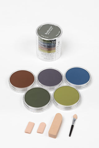 PanPastel Starter Set Extra Dark Shades 30056. This set lends itself well to backgrounds and shades. Includes a selections of Sofft tools application and blending tools.