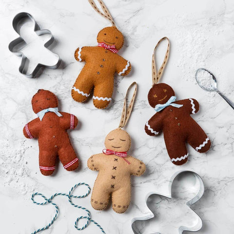 Corinne Lapierre : Gingerbread Men Felt Craft Kit