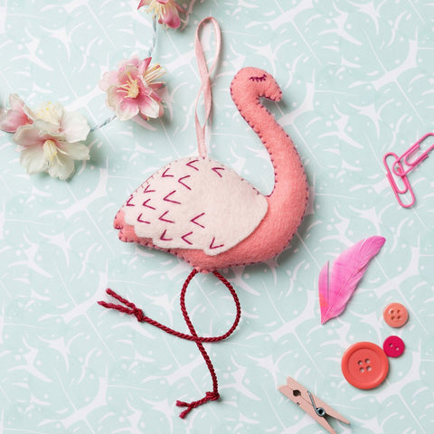Corinne Lapierre : Felt Flamingo Mini Kit