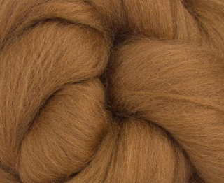 World of Wool : Merino Sienna Brown  : 100g  23mic Dyed Merino Top.