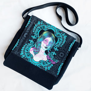 custom made bag messenger by pia riley of iqueenie