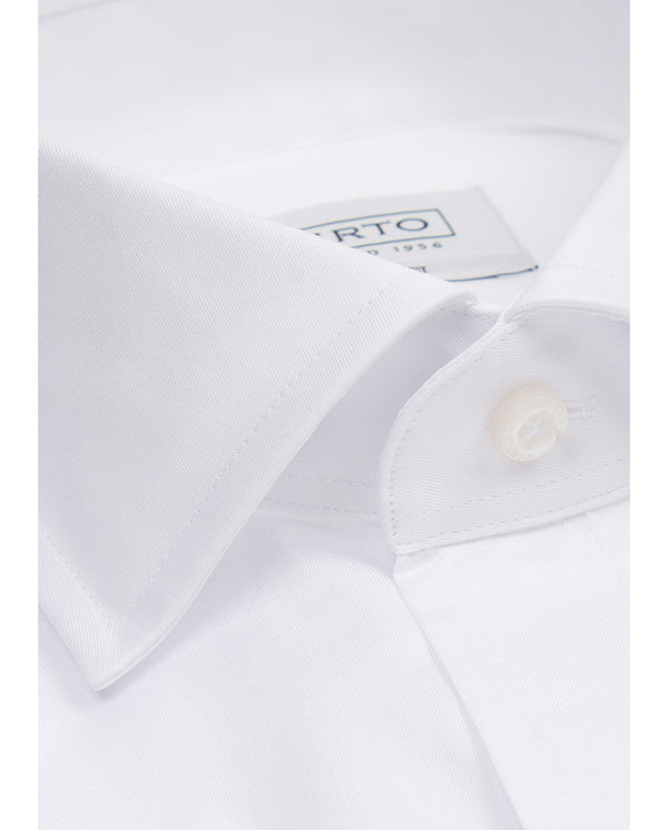 WHITE SPREAD COLLAR TAILORED-FIT DRESS SHIRT by MI