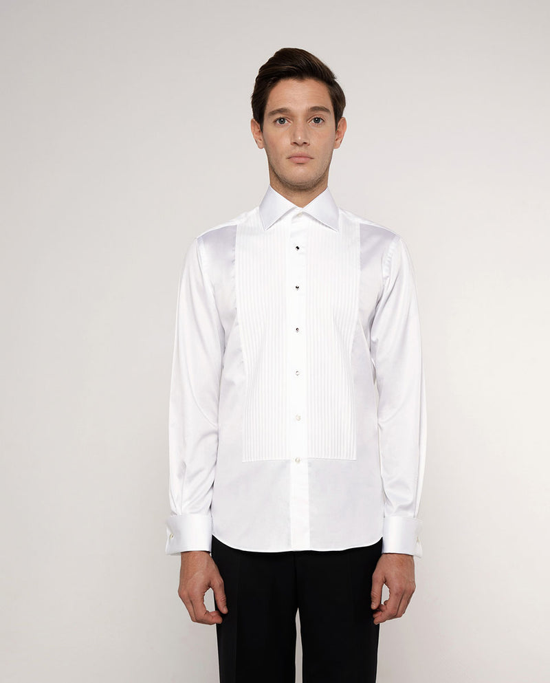 SPREAD-COLLAR PLEATED TUXEDO SHIRT