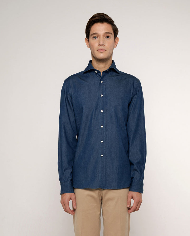 CUT AWAY COLLAR TAILORED-FIT DENIM SHIRT