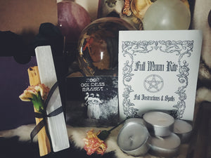 Full Moon Ritual Box with everything you need plus 7 extra spells! - Moon Goddess Market