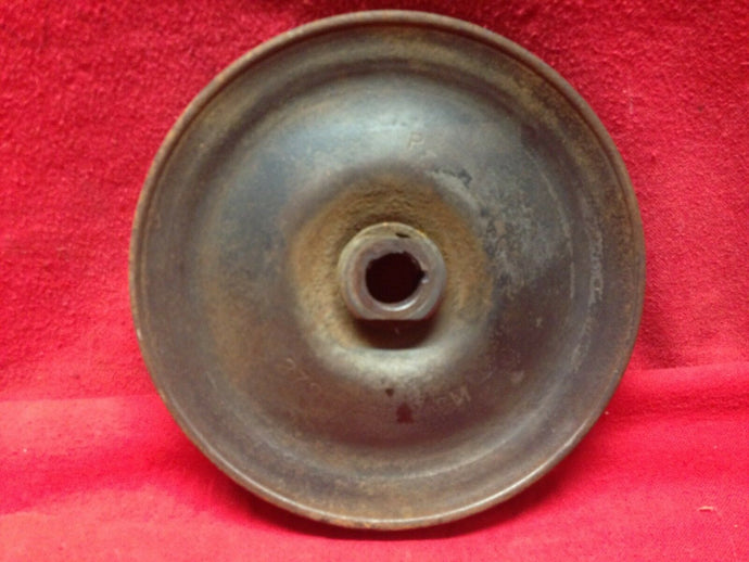 1962-70 Chevrolet Power Steering Pulley 6 Cylinder Only - Sundellauto Specialties Chevelle, El Camino, Malibu, Impala, Caprice, Biscayne, Bel Air, Camaro, Nova, Chevy II, GTO, LeMans, Tempest, Bonneville, Grand Prix, Catalina, Ventura, Skylark, Special, GS, Riviera, Gran Sport, Wildcat, Cutlass, Cutlass Supreme, 442, F-85, and Vista Cruiser Power Steering Pulley Original